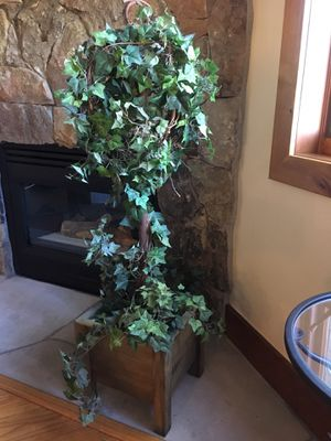 Fake ivy tall plant for Sale in Denver, CO