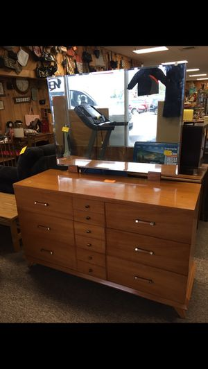 Dresser for Sale in Big Rapids, MI