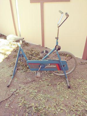 Antique bycicle. Bicicleta antigua estacionaria for Sale in Dallas, TX