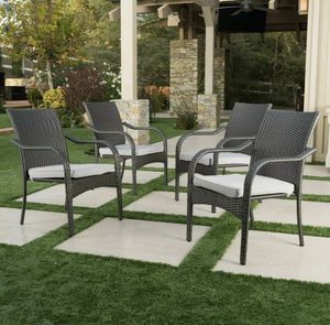 4 stackable wicker patio chairs for Sale in Los Angeles, CA