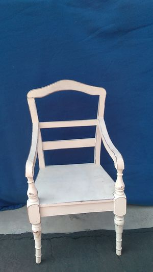 WHITE DOLL CHAIR for Sale in Brea, CA