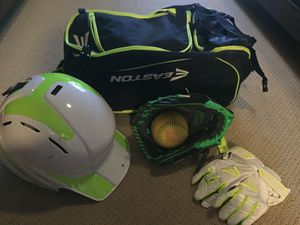 Brand New Softball Set! - Helmet, Glove, Batting Gloves, and Bag for Sale in Mesa, AZ
