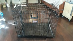 Kong medium dual-door dog crate for Sale in Houston, TX