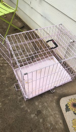Pink dog kennel for Sale in East Point, GA