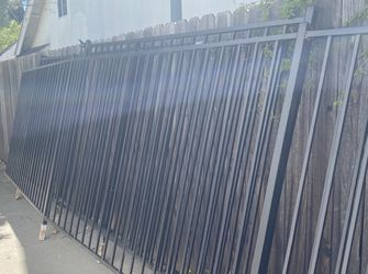 45 ft Iron Pool gate for Sale in Calabasas,  CA