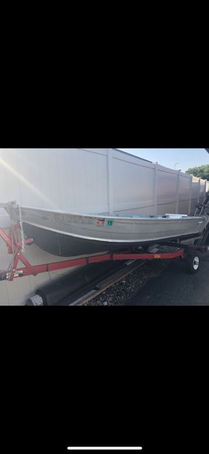 Boat and Mercury FourStroke boat engine for Sale in Fairfield, CT