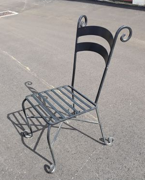 Patio furniture. Iron. for Sale in Cleveland, OH