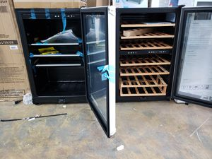 Wine cooler beverages cooler mini fridge nevera neverita frigobar freezer for Sale in Fort Lauderdale, FL