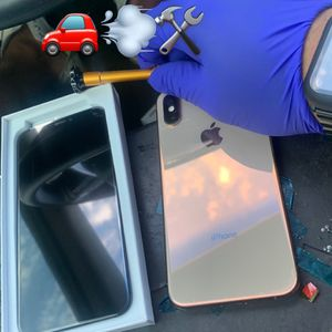 iPhone X, iPhones XR screen and lcd-(!)- We drive to you and fix** for Sale in Scottsdale, AZ