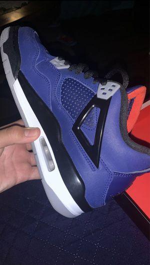 Jordan 4 retro purple (Youth) for Sale in Anaheim, CA