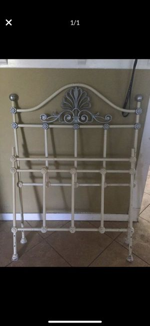 *** Free*** Vintage metal twin size bed frame only!!! NO RAILS for Sale in Riverside, CA