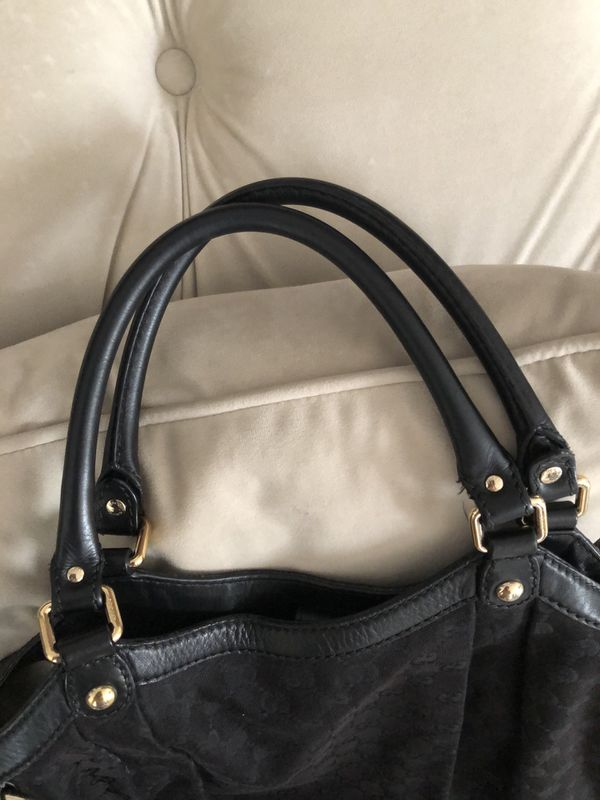 Large Authentic Gucci Sukey Handbag Tote canvas material with Gucci charm.