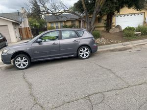 07 MAZDA PARTS CAR PINK N HAND PARTS CAR for Sale in Fresno, CA