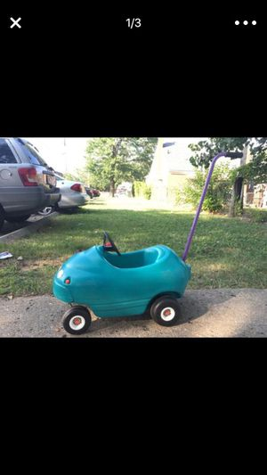 Little tikes car toy for kids for Sale in Dearborn, MI