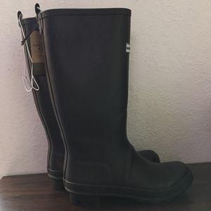 Smith & Hawken Women rain boots for Sale in Hialeah, FL