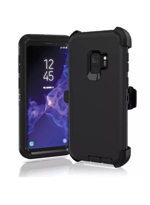 Samsung Galaxy s9 + defender type case for Sale in Cedar Hill, TX
