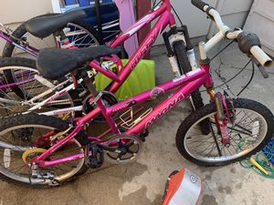 Girls. Magma 20 inch bike for Sale in Arvada, CO