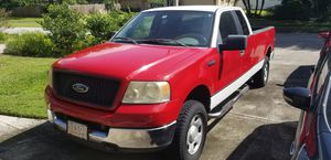 2005 Ford F-150 XLT 4WD w/ 5.4L V8 Triton Engine & Extended 8 ft. Bed! for Sale in TEMPLE TERR, FL