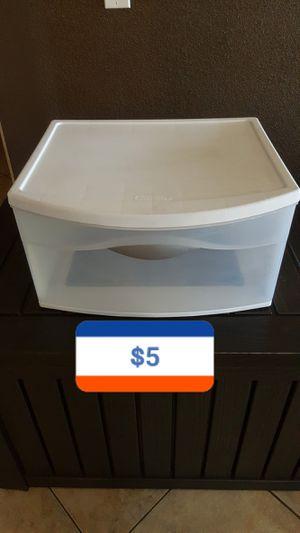 Plastic drawer/sterilite for Sale in North Las Vegas, NV