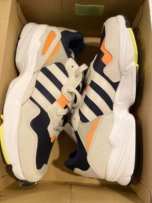 Adidas yung 96size 9 for Sale in Swedesboro, NJ