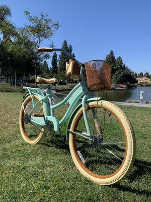 "New beautiful beach 🏖 cruiser deluxe ladies girls women's bike bicycle 24"" petite for Sale in Chula Vista, CA"