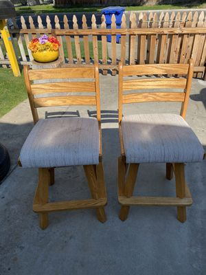 2 swivel Counter stools for Sale in Fresno, CA