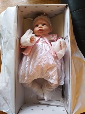 Collectible Realistic Doll for Sale in Louisville, KY