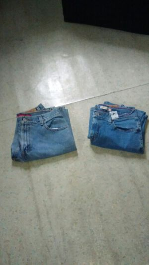 Ladies jeans size 10 for Sale in Cleveland, OH