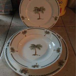Real China Matching Set for Sale in Lakeland, FL