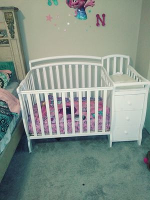 Dream on me mini crib for Sale in Greensboro, NC
