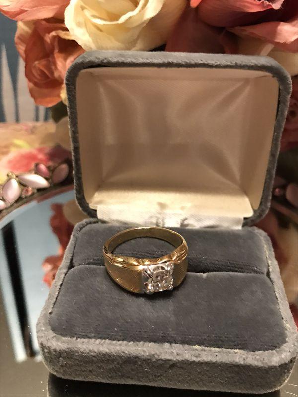 Nice! Gold Men's White Diamond Sapphire Ring