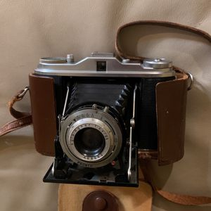 Agfa Isolette I Vintage Camera for Sale in Winthrop, MA