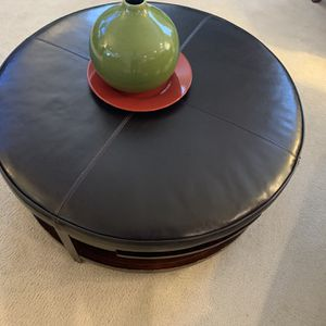 Leather Ottoman for Sale in Fort Washington, MD