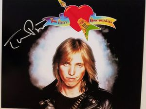 Tom Petty original autographed 8 x 10 photo for Sale in Farmville, VA