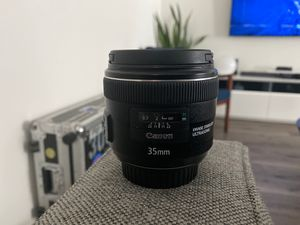 Canon EF 35mm f/2 IS USM Wide-Angle Lens for Sale in Ontario, CA