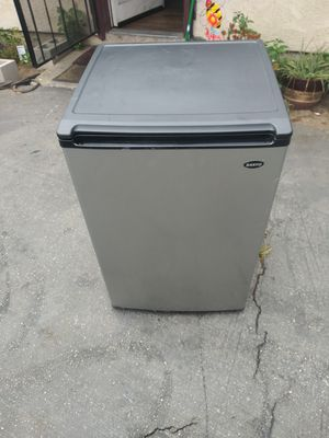 Mini Fridge for Sale in Oceano, CA