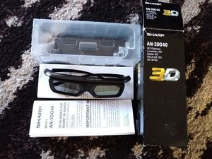 Sharp Aquos 3D Glasses --Like New-- for Sale in Kent, WA