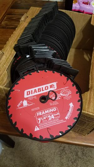 "Saw blade 7"" 1/4-- 24 teeth for Sale in Silver Spring, MD"