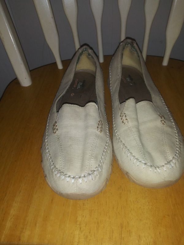 Womens Skechers Relaxed Fit Memory Foam Natural (beige) Canvas Slip On