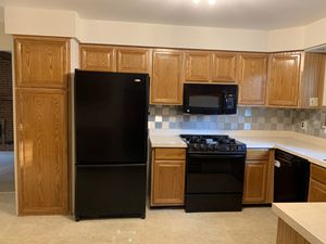 Kitchen Cabinet Doors for Sale in Troy, MI