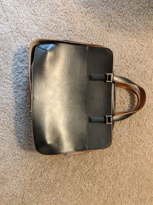 Authentic Louis Vuitton bag for Sale in Bellevue, WA