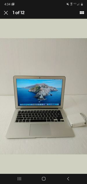 Apple MacBook Air 1.6 GHz Core i5 8GB RAM 121GB SSD 13-Inch (Early 2015). for Sale in Peoria, AZ