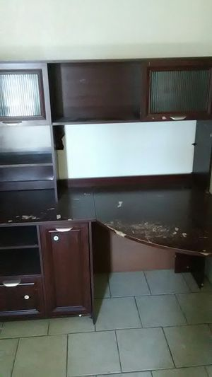 Office desk for Sale in Laredo, TX