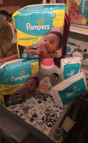 2 pampers size 3 to baby wipes One dreft25 load for Sale in Jacksonville, FL