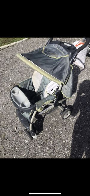 Chicco cortina travel system baby stroller for Sale in Lake Worth, FL