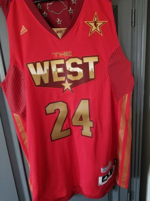 KOBE BRYANT JERSEY for Sale in West Carson, CA