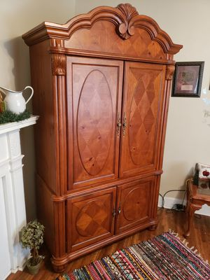 Wood entertainment center for Sale in Asheboro, NC