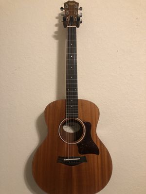 Taylor GS mini guitar for Sale in Channelview, TX