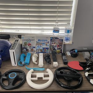 Wii With Games for Sale in Miami, FL