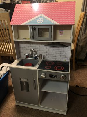 Used Dual 3 level Doll House and Kitchen for Sale in Alexandria, VA